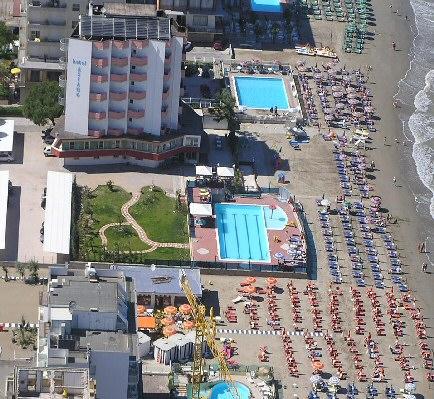 Italy alberghi lido di savio for Hotel asiago centro